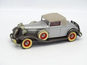 Brooklin-SB-1-43-Packard-Light-8-1932-N-6-Grise-Toit-Beige