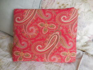 Pottery Barn Mira Anibel Red W Red Gold Green Paisley Full