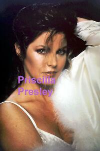 PRISCILLA-PRESLEY-GORGEOUS-SEXY-LINGERIE-WITH-BOA-ELVIS-PRESS-PHOTO-CANDID-1