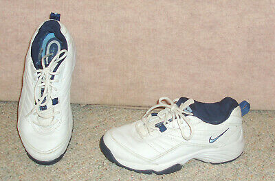 Women's white NIKE AIRLINER sneakers