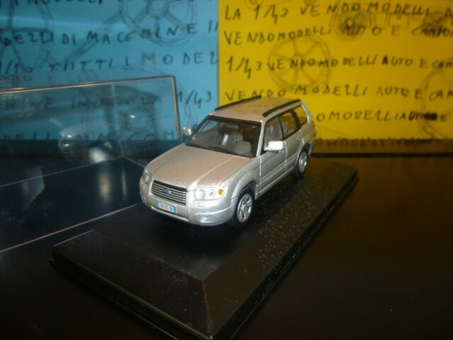 1/43 Subaru Forester 2007 4WD SUV argento argent silver silber - prof repainted