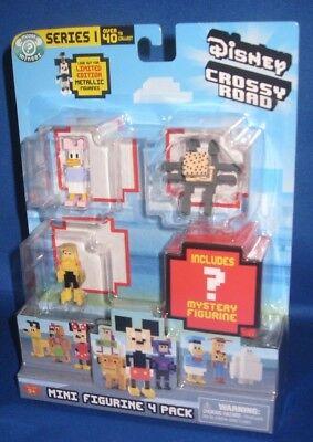 Disney Crossy Road Mini Statuina 4 Confezione Serie 1 Include 1 Mystery
