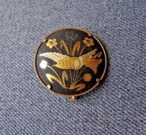 Vintage-bird-flowers-amp-leaves-damascene-gold-plated-pin-H