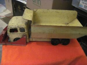 Vintage-Roberts-Pressed-Steel-Toy-Dump-Truck-with-Front-End-Loader