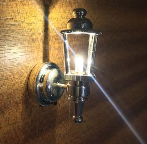 sbled 347 Casa de muñecas en miniatura 1//12th Escala LED Lámpara de entrenador de Plata sin cables!!