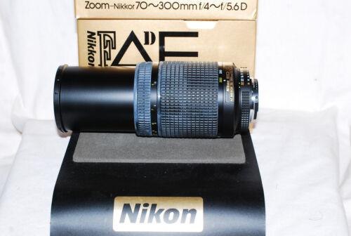 Menta en caja Nikon Zoom-Nikkor AF-Lente con garantía de 70-300 ED D, para cámaras DSLR más grandes