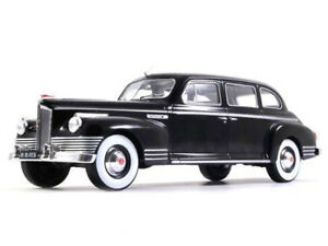 ZIS-110-Black-1-24-Scale-USSR-1945-Year-Soviet-Limousine-Collectible-Model-Car