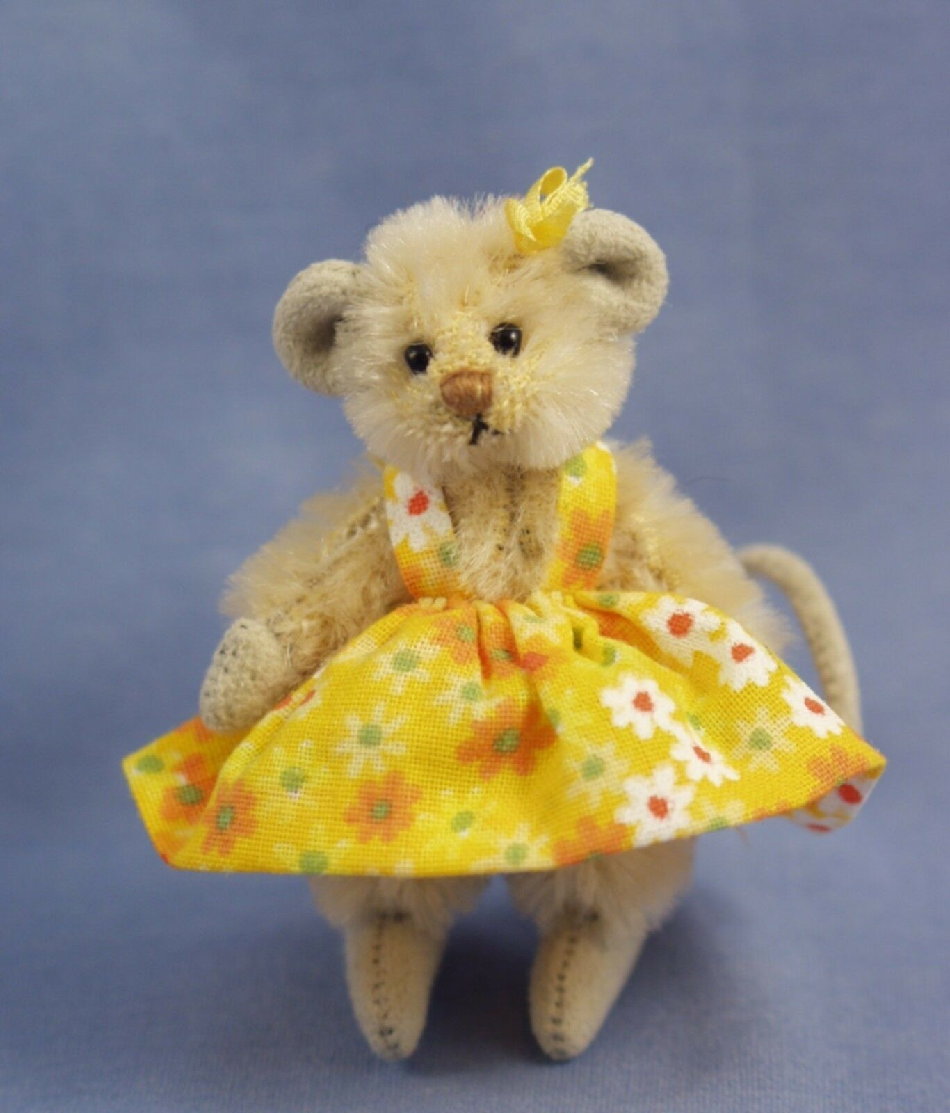 DEB CANHAM    BUTTERCUP MOUSE  MINI MICES COLLECTION CREAM COLOrosso MOHAIR MOUSE