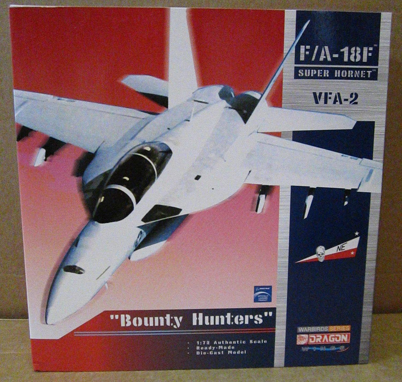 Dragon F A-18F Super Hornet VFA-2  cazadores de recompensas  USS Abraham Lincoln 1 72 blu Marino