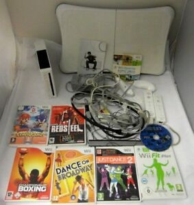 Nintendo-Wii-Console-Bundle-Controllers-Nunchuck-8-Games-WiiFit-board-UNTESTED