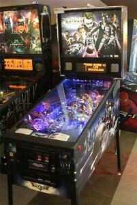 BATMAN: DARK KNIGHT Pinball Machine - Stern 2008 - Plays Great!