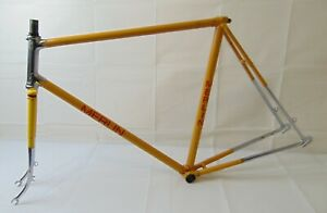 Vintage-Steel-Early-Merlin-Frame-Forks-and-Head-Clip-in-need-of-restoration