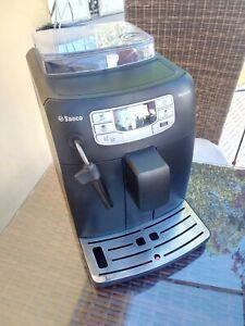 Saeco Intelia HD8751 Kaffeevollauto