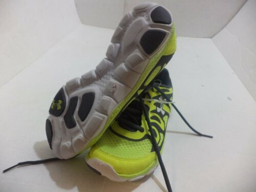 Under Armour Big Boys Grade UA Engage Running Shoe Size 3Y-7Y Color Gray /& Volt