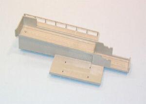 Lionel-345-5-Culvert-Unloader-Ramp-LN