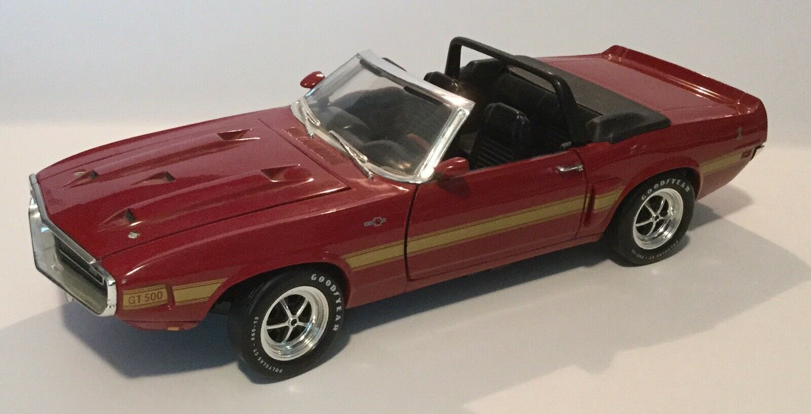 Die cast, Ertl 1969 Ford Shelby GT 500 Cobra, Jet röd, 1 18 Scale