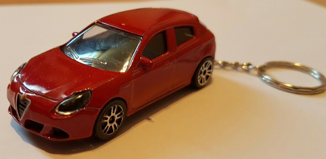 Majorette Alfa Romeo Giulietta Giulietta Giulietta ALTO DETALLE DIECAST CAR Llavero  descuentos y mas
