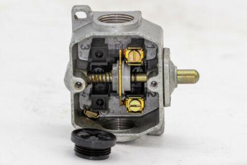 500 V   6 A Endschalter IP 55 GWA 1 St Zw Endtaster