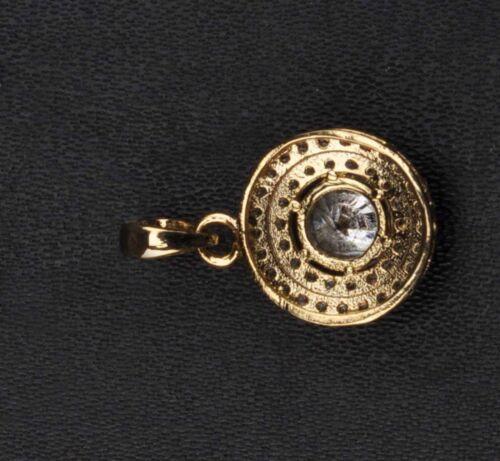 D//VVS1 14KT Yellow Gold Excellent Round Shape 2.50 Carat Women/'s Pendant