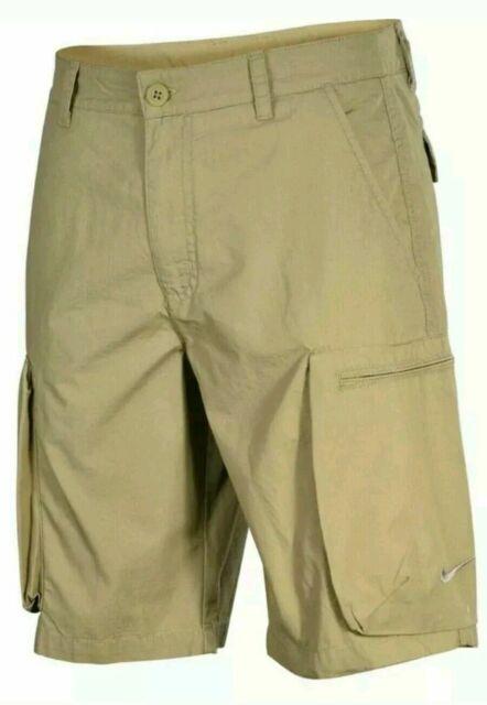 nike shorts beige