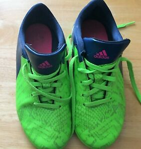 Details about Adidas Boys shoes size 4 Green/Blue