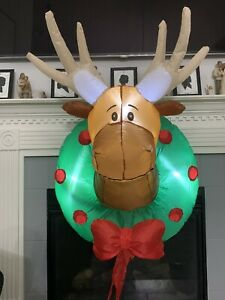 Gemmy Airblown Inflatable Moose Head Wreath