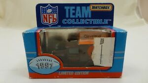 1991-Matchbox-NFL-Team-Collectible-Diecast-Limited-Edition-CLEVELAND-BROWNS