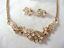 STUNNING Vtg CROWN TRIFARI Twinkle Rhinestone Necklace Bracelet Earrings Set
