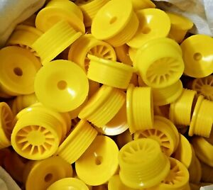 Cask-Shives-Beer-Metal-Barrel-Keg-in-Yellow