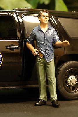 23932, Detective Iv, 1:24, American Diorama-mostra Il Titolo Originale