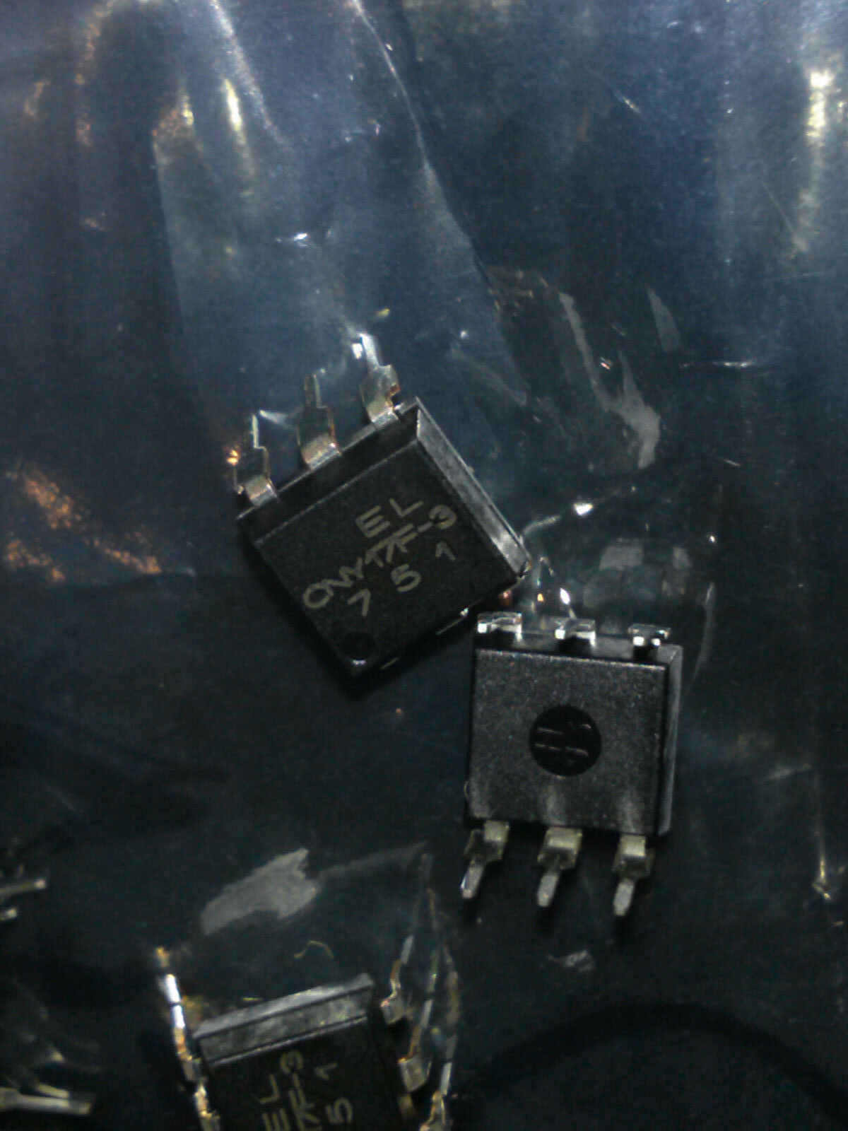 Transistor Output Optocouplers Phototransistor Out Single CTR 100-200/% 1 piece