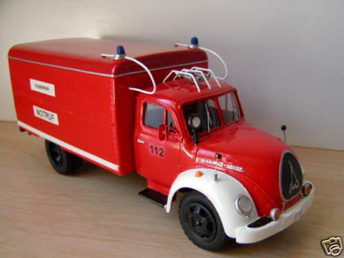 1/43 Alemán Camión De Bomberos Magirus Sirius 90D Voll hecho a mano