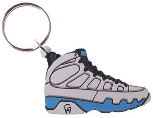 d4ec49fafdc817 Good Wood NYC Tarheel Carolina Blue 9 Sneaker Keychain White  Key ...
