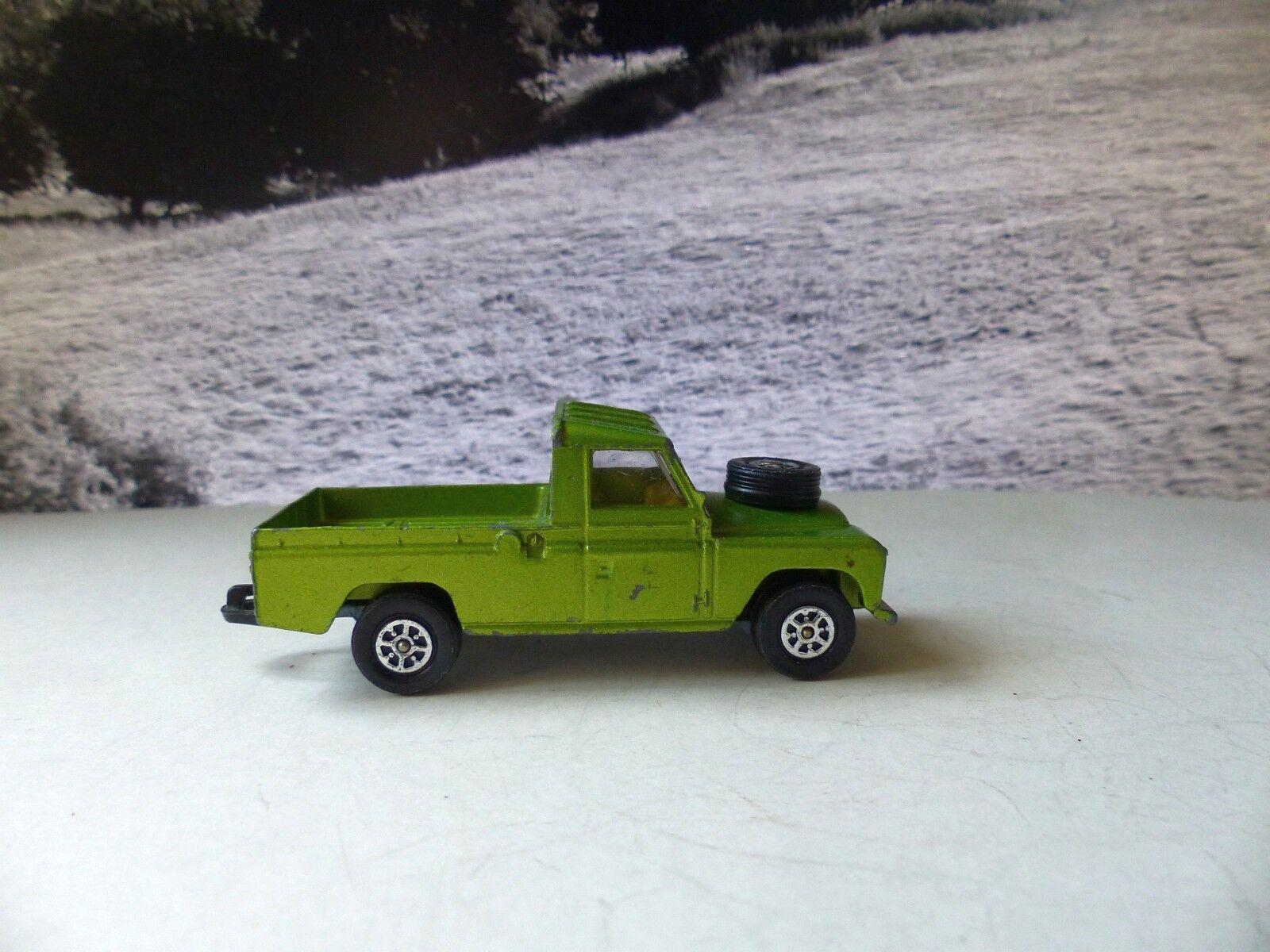 Corgi Toys 438 Whizzwheels Land Rover in metallic apple green