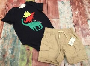 NWT Boys Baby Gap Size 12-18 Months or 2t Red Dinosaur Shirt /& Camo Shorts
