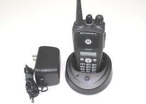 Motorola-PR400-UHF-Radio-64-CH-438-470-Display-Full-Keypad-CP200