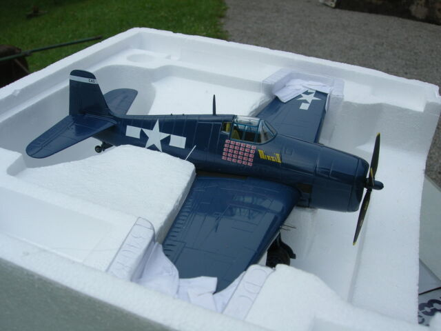 ARMOUR FRANKLIN MINT METAL 1/48 F6F5 HELLCAT US NAVY CGV15 USS ESSEX 98174 !