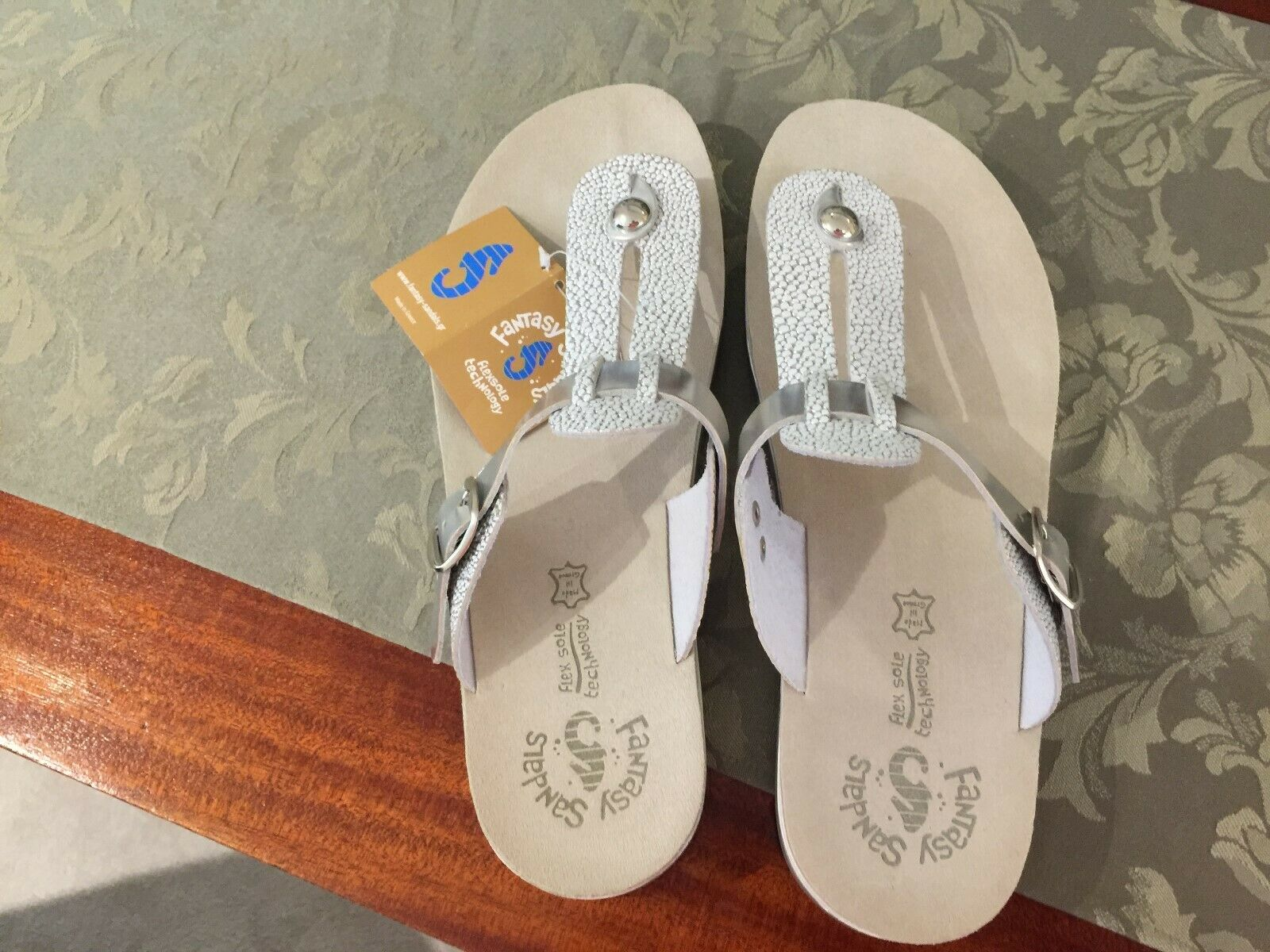 Mirabell Fantasy Silver White Sandals
