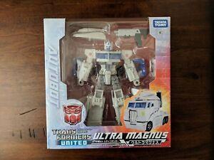 Takara Tomy Transformers Generations United UN19 Wheeljack Figure New