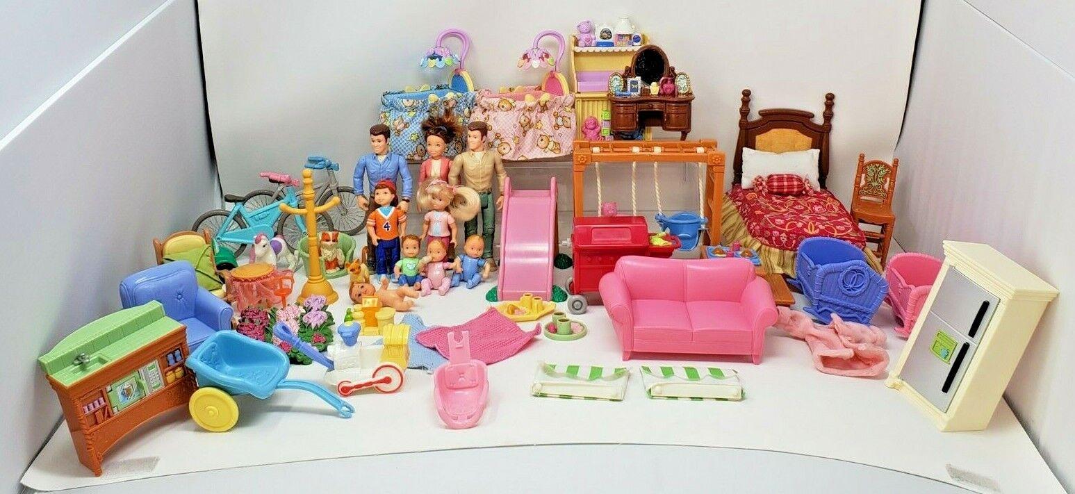 Fisher Price Loving Family Lote de 53 muñecos de personas Mascotas Muebles Comida Bebé Usado En Excelente Condición