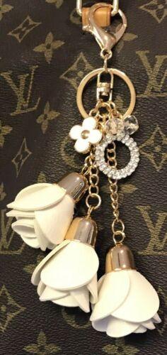 FLORAL WHITE LEATHER ROSE TASSELS RHINESTONE CIRCLE GOLD CLOVER BAG PURSE CHARM