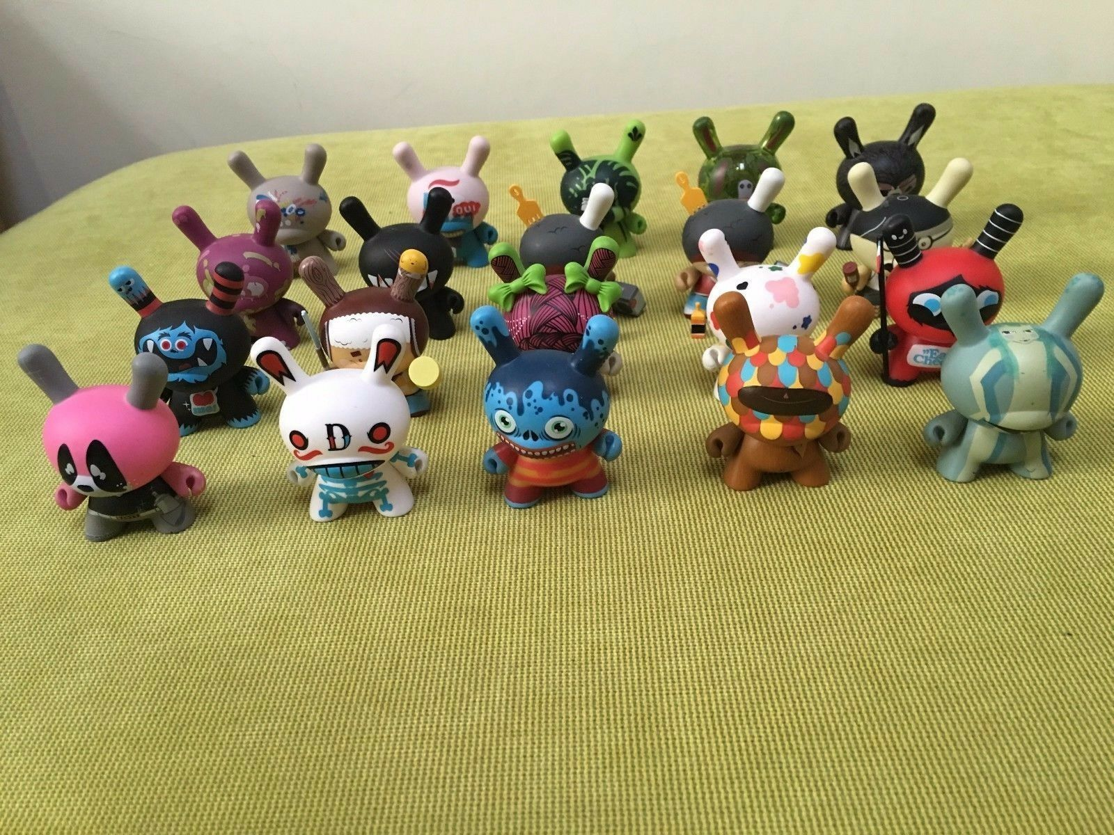 Kidrobot Dunny Dunny Dunny French series set 095a38