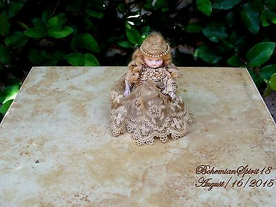 ANTIQUE GERMANY #  BISQUE GIRL JOINTED ARMS  VICTORIAN LACE MINIATURE 4'' DOLL