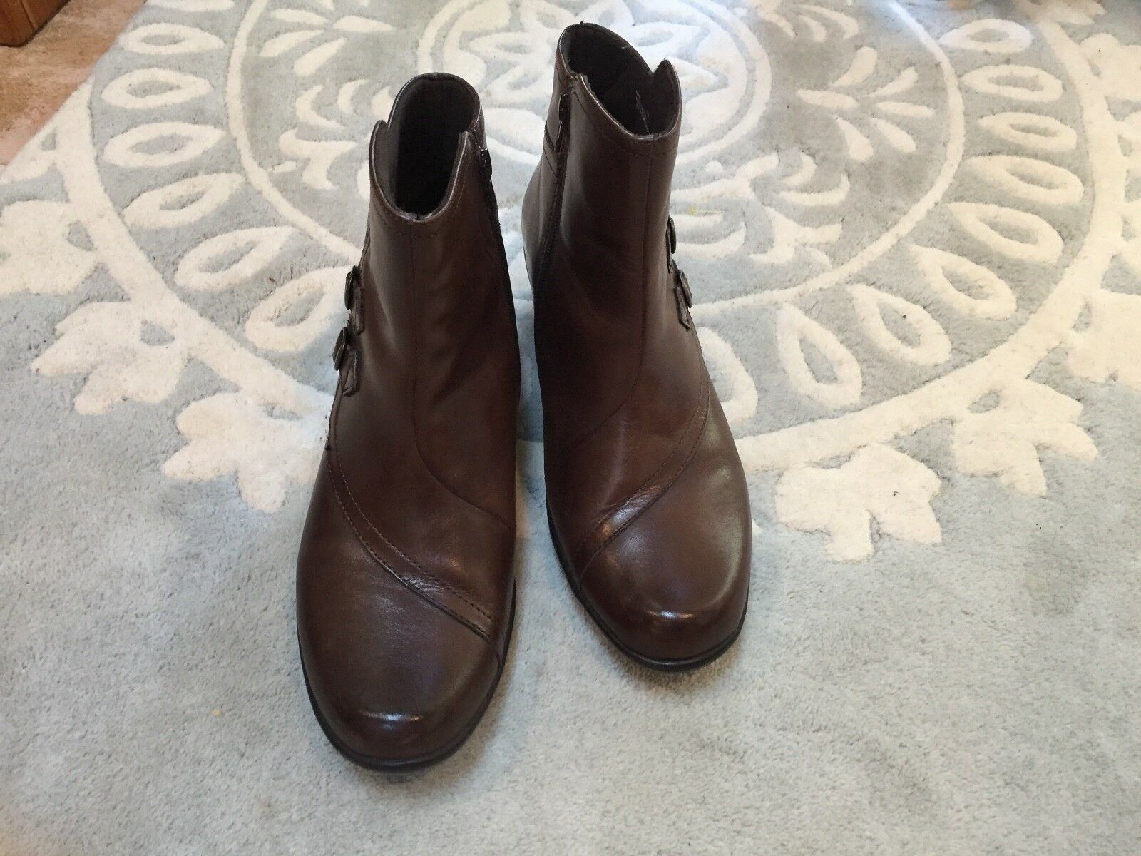 Clarks Brown Brown Brown Side Buckle Ankle Boots Leather 11 Excellent a708e8