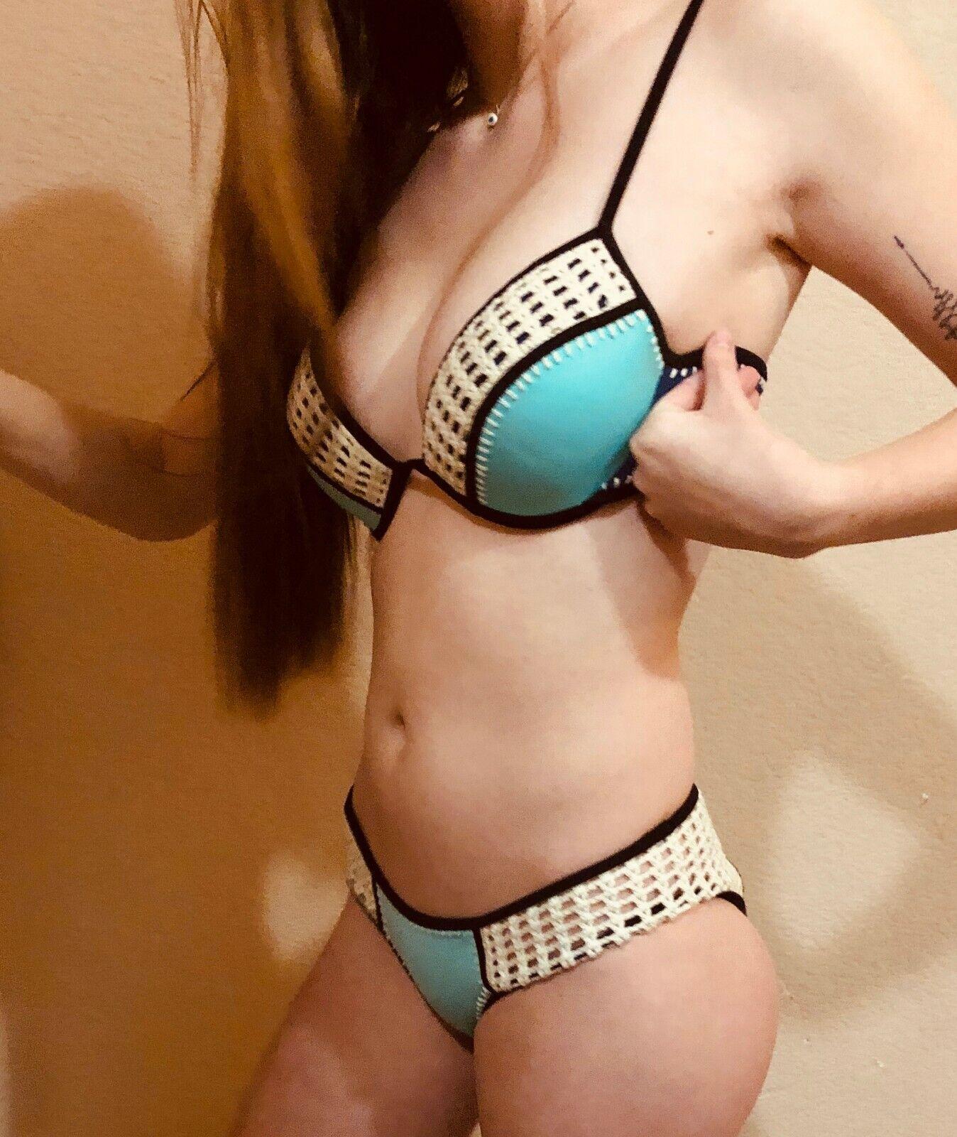 NWT Victoria's Secret Bikini Fabulous Surf Crocheted Aqua Seafoam 34B Swimsuit