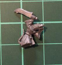 Skaven Plague Monk Small Skaven Rat in Robe - Warhammer (Unpainted) Bitz