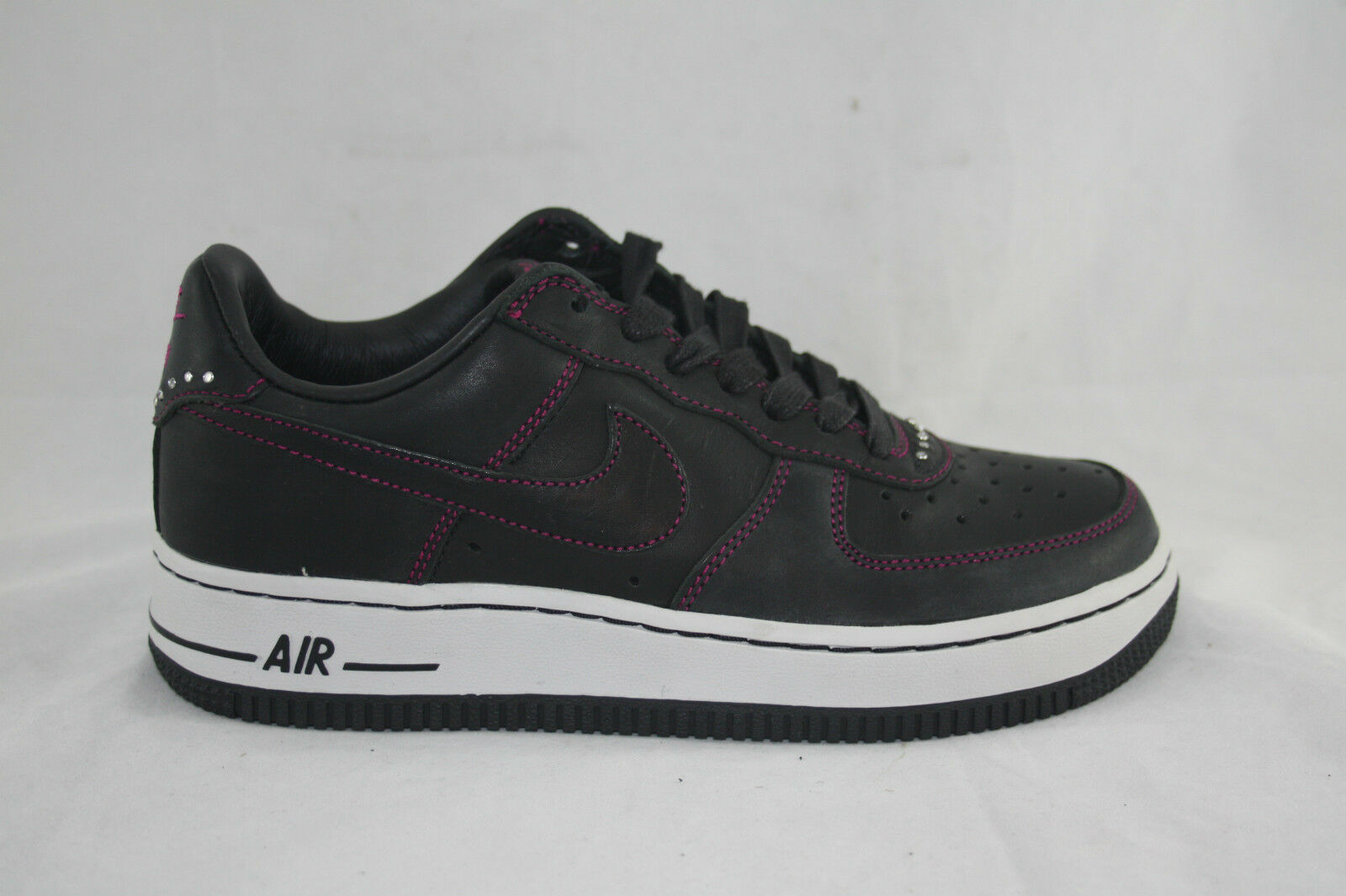 Wmn's Nike Air Force 1 Premium SNEAKER 308038-001 Black/Rave Pink  MSRP $110.00