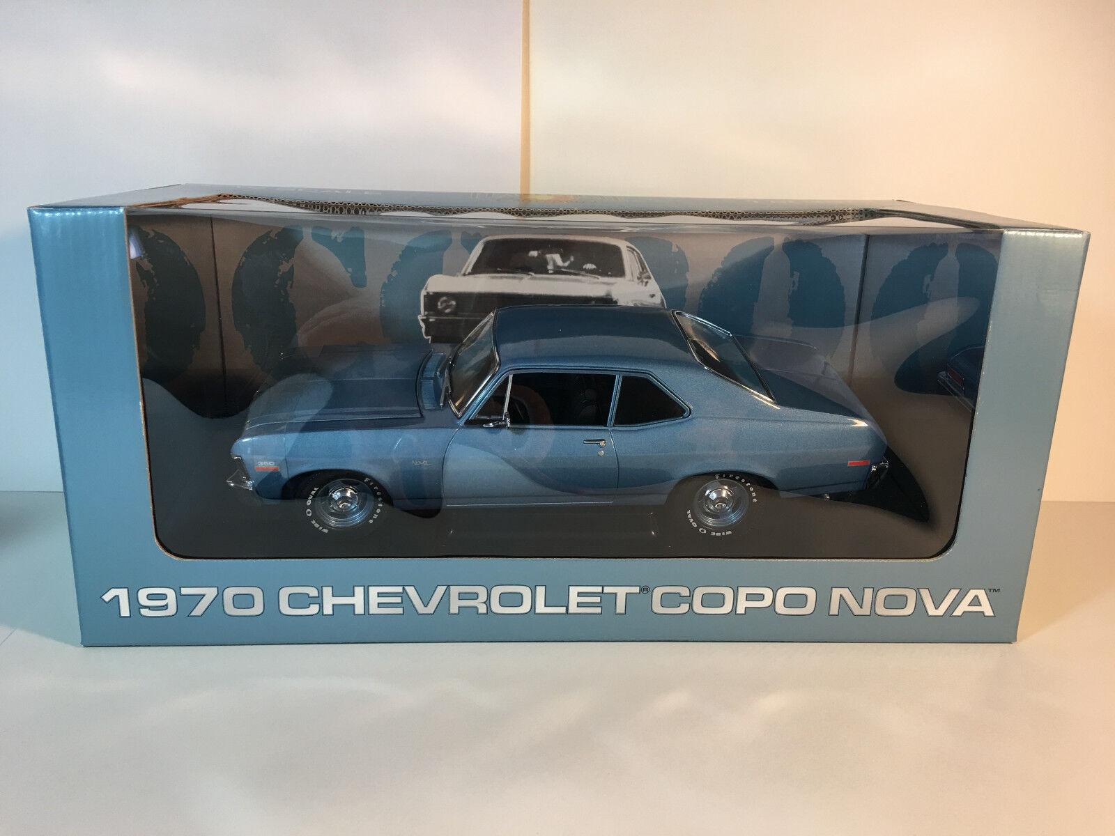 1 18 GMP 1970 COPO Chevrolet Nova bluee