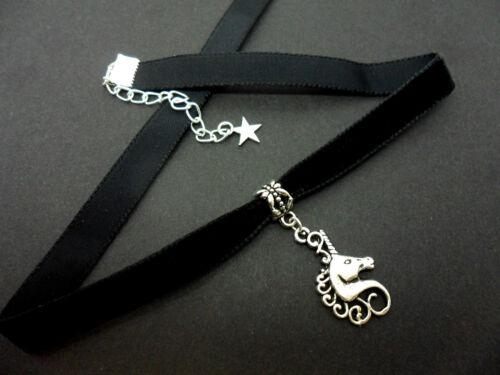 Nuevo. Damas Niñas De 10 Mm De Terciopelo Negro /& Unicorn encanto Collar Gargantilla