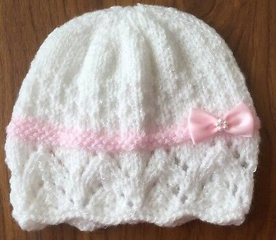 Hand Knitted Baby Hat 3-6 Months White Shimmer With Pink Band /& Bow